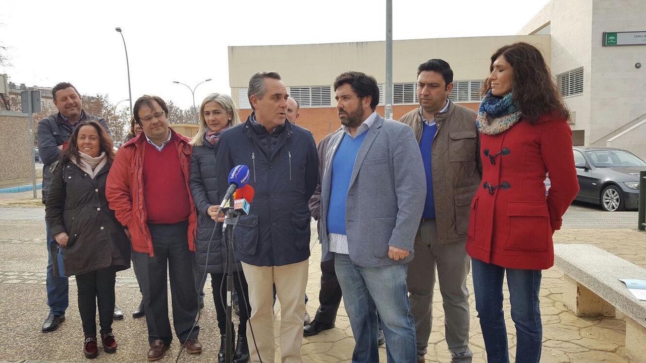 """Bueno: """"La provincia de Sevilla planta cara a Susana Díaz por la Sanidad pero ella prefiere seguir dando la espalda"""""""
