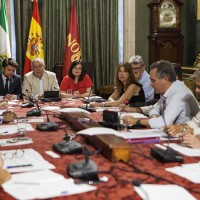 Sevilla. 21/07/2017. Beltran Pérez, Javier Arenas y Virginia Pérez, participan en la Junta de Gobierno del Partido Popular en el Ayuntamiento de Sevilla. PPSevilla / Gogo Lobato.