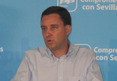 El PP de Sevilla reclama a Villalobos el cese de Cubiles como asesor en la Diputación por la gravedad de los hechos por los que le acusa la Justicia