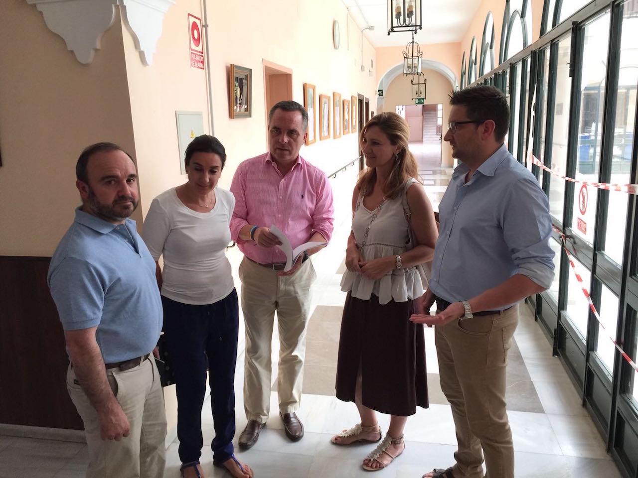 El PP de Sevilla reclama más plazas públicas de residencias de mayores en la provincia