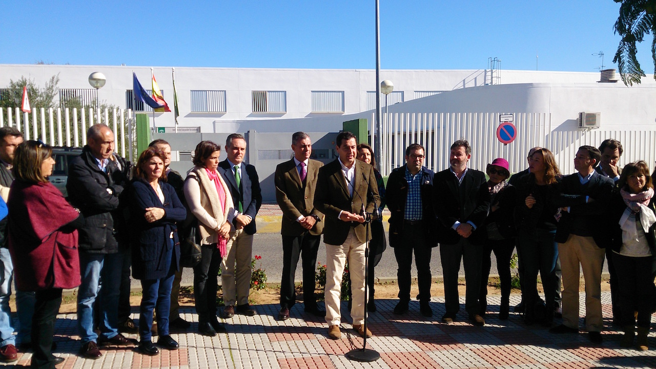 El PP de Sevilla denuncia el abandono educativo de la Junta de Andalucía en la provincia de Sevilla