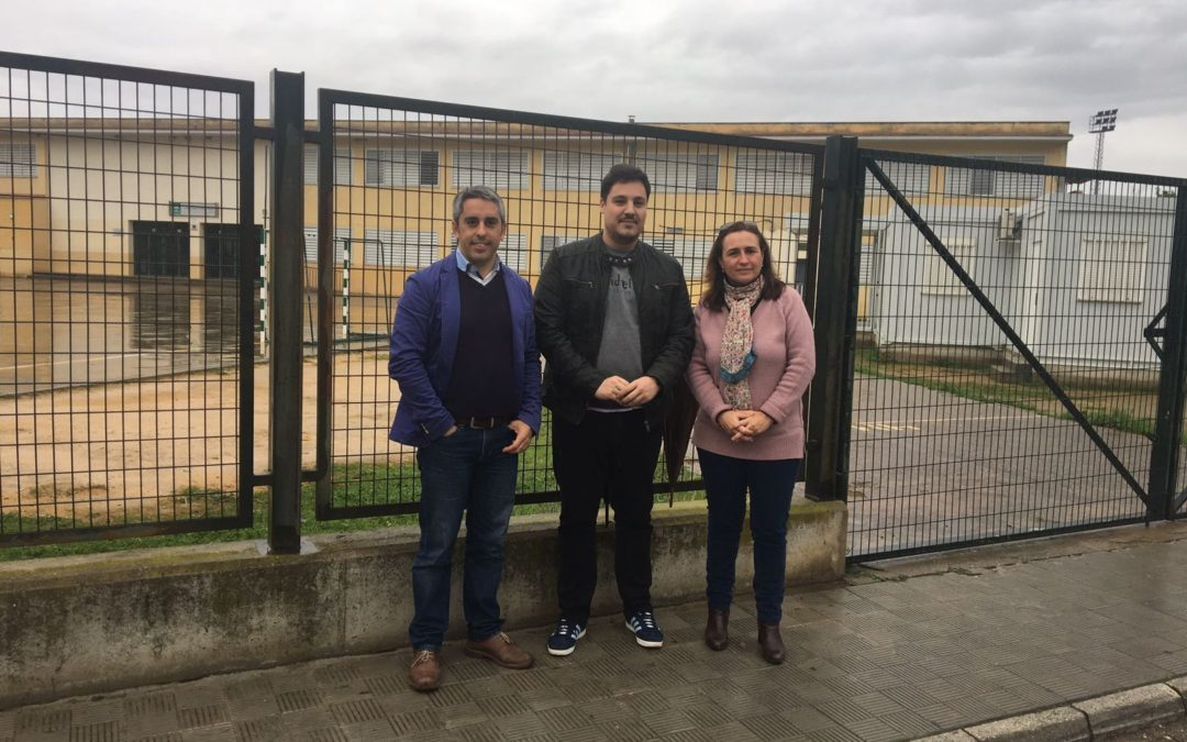 El PP de Sevilla denuncia el retraso de la Junta en acometer la ampliación del  instituto de Gelves