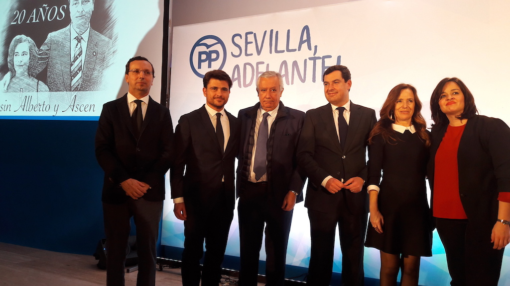 El PP de Sevilla celebra un acto homenaje a Alberto Jiménez Becerril y Ascensión García