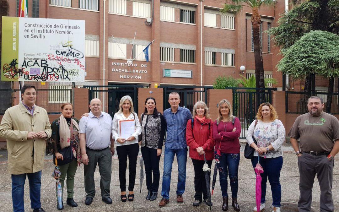 El PP de Sevilla denuncia que el IES Nervión cierra por la tarde porque la Junta mantiene una plaza de conserje vacante y tres en horario de mañana