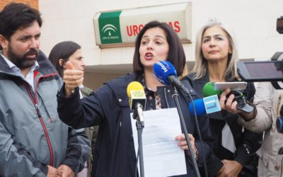 El PP denuncia nuevos retrasos en el servicio de ambulancia en Lora del Río   y reclama las mejoras sanitarias que el Parlamento aprobó hace dos años