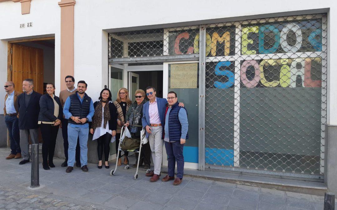 Virginia Pérez visita el Comedor Social Madre Belén y el Centro Adefisal de Sanlúcar la Mayor