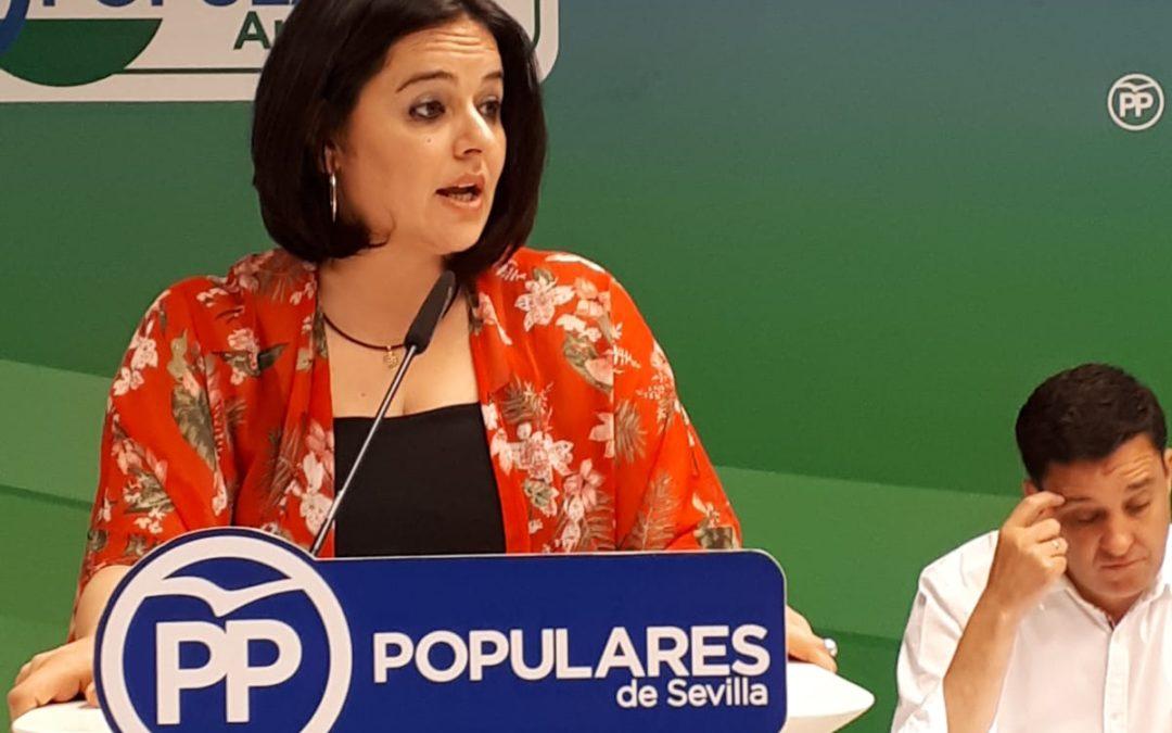 """Virginia Pérez: """"La falta de previsión y nefasta gestión de la Junta de Andalucía mantiene a los profesionales al borde del colapso"""""""