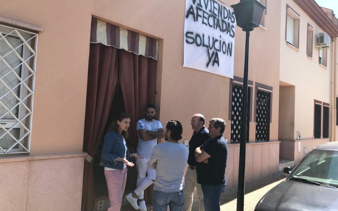 Díaz permite que sigan los desahucios en Andalucía mientras deja sin invertir 242 millones para vivienda pública